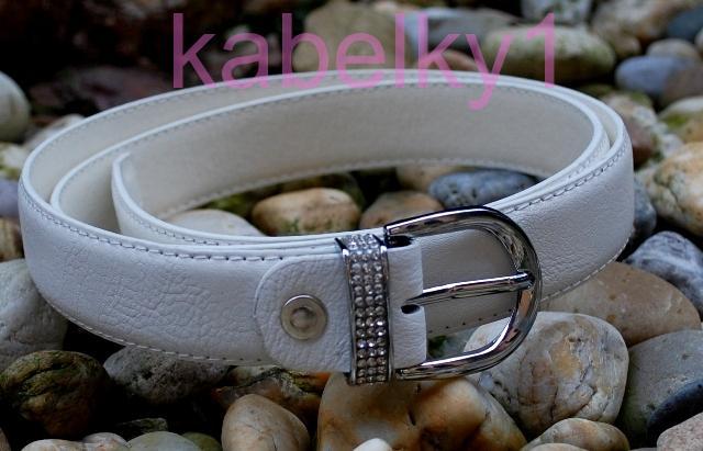c8ea0acf062 Bílý pásek stříbrná přezka štras broušené sklo